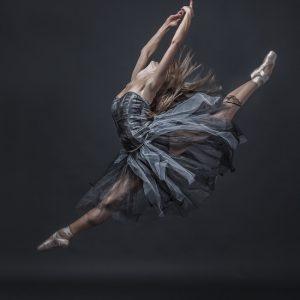 ballet-classico-saltando